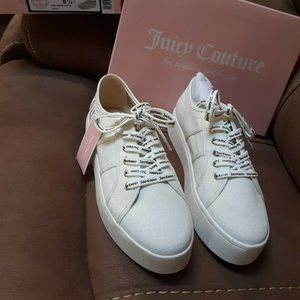 Juicy Couture White Canvas Shoes 8.5-New